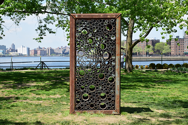 Virginia Overton, Untitled (4x8 View), 2018. Installation at Socrates Sculpture Park. Photo: Sara Morgan